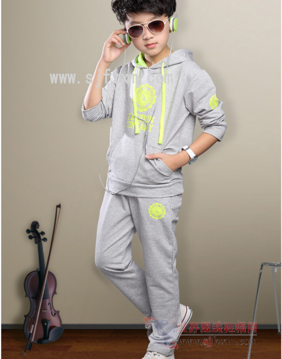Xinjiang large size loose mother sweater wholesale Huangnan stock cheap middle-aged and old sweater wholesale