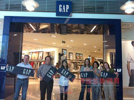 gap集团旗下品牌继续迎接挑战