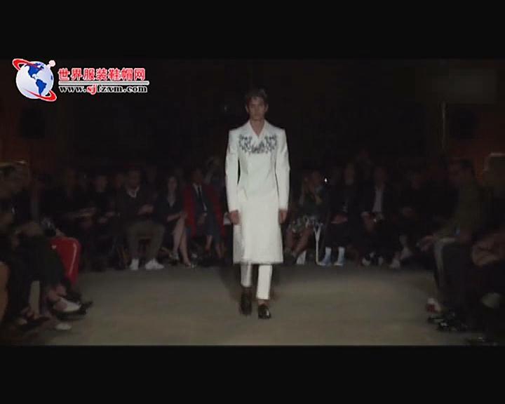 Alexander McQueen发布伦敦2016春夏男装秀