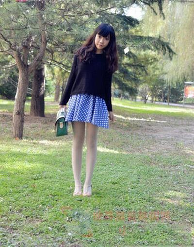 日本穿白丝中学生mm_小学生校服配白丝袜的图片-有没有小学女生穿校服和白色连裤袜 ...