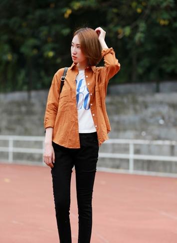 长袖衬衫搭配长裤 秋日出街有型有范儿
